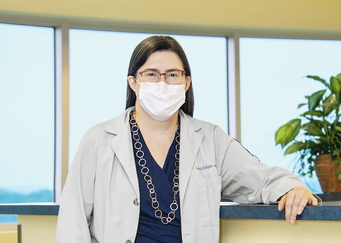 Dr. Huntington-Alfano wearing a face mask